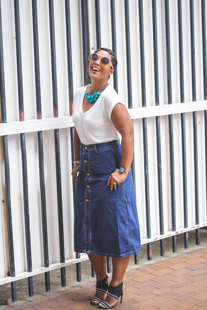white t and denim zaful skirt comme coco