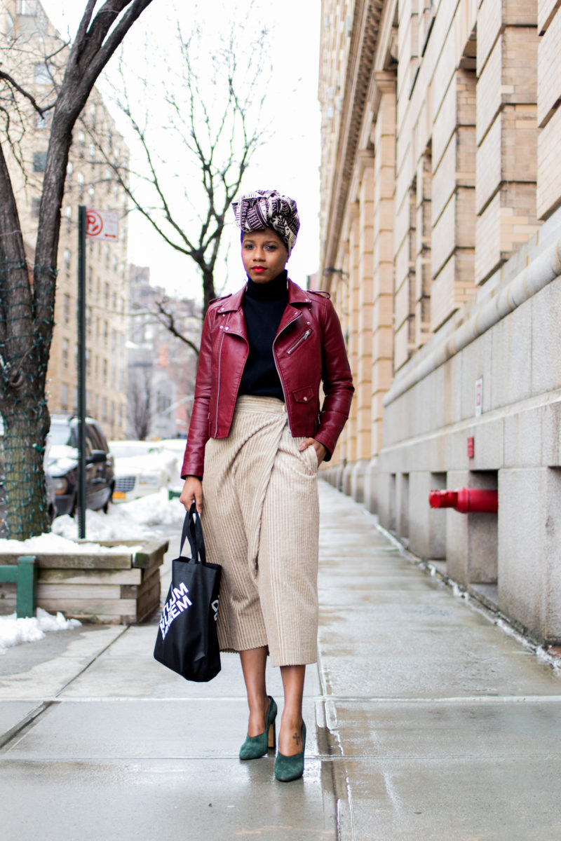 top nyc blogger at nyfw photographed outside of Paul Andrew by DC photographer Jennifer Jean-Pierre