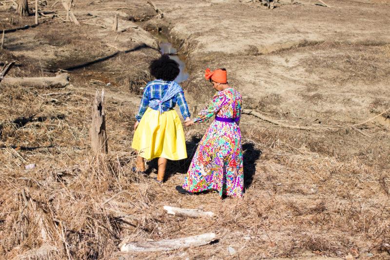 haitian sister photoshoot desert oasis top dc blogger print dress 2 800x534 - Epic Sister Magic