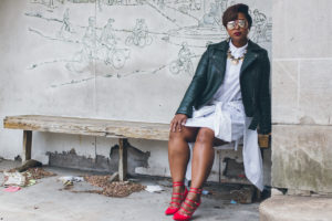 top dc blogger comme coco j jill linen red dress curvy blogger green moto jacket pixie cut spring style 9 300x200 - Green Moto and White Linen