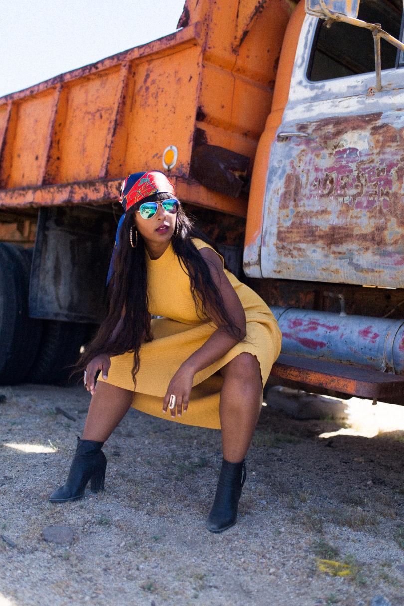 Washington DC blogger yellow dress 21 810x1215 - How I Pose in Pics