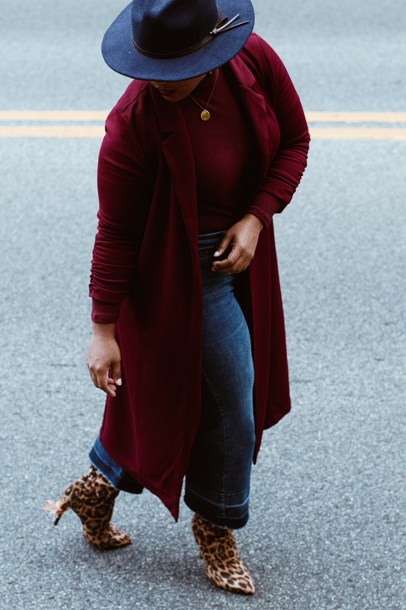 Top DC curvy style blog wearing fall trends leopard 28 - Favorite tools to make blogging easier