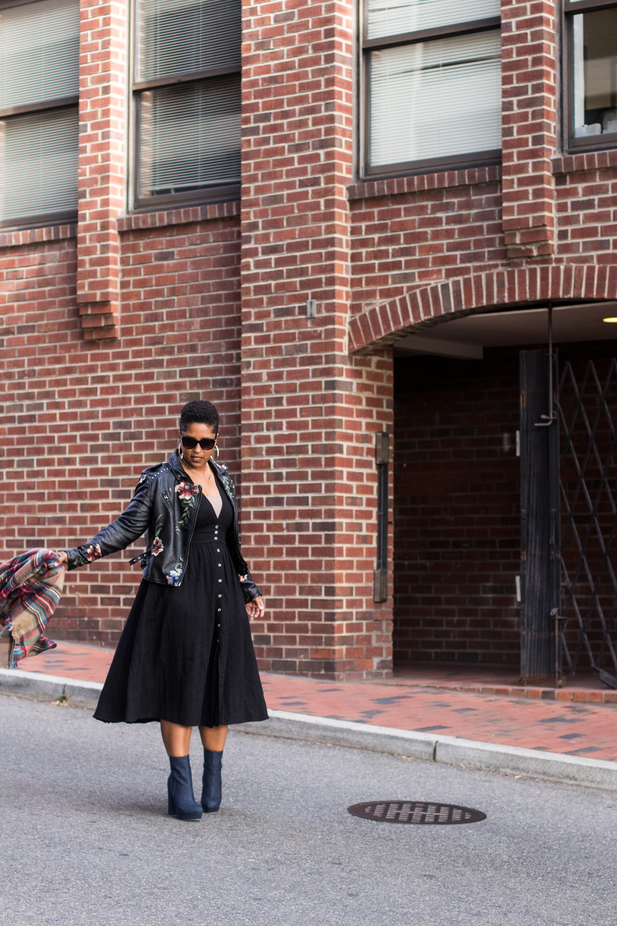 top dc blogger in free people dress style 31 - My Love of Blanket Scarves