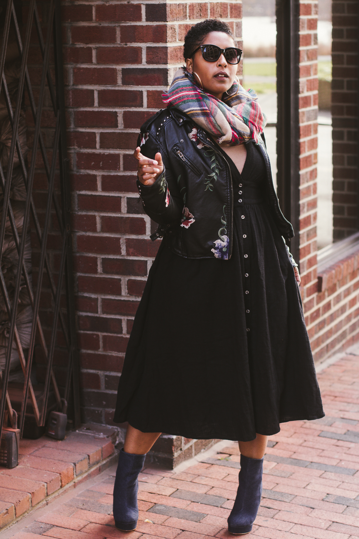 top dc blogger in free people dress style 45 - My Love of Blanket Scarves